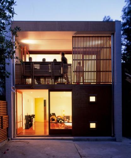 Casas pequenas three inches for Antejardines de casas pequenas